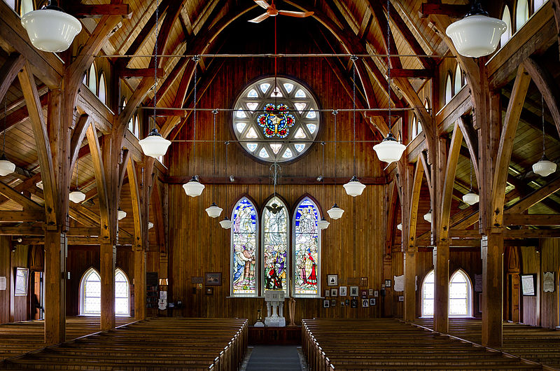 St._Paul's_Anglican_Church_Interior.jpg